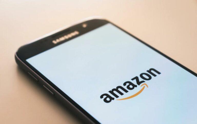 amazon app icoon met snor